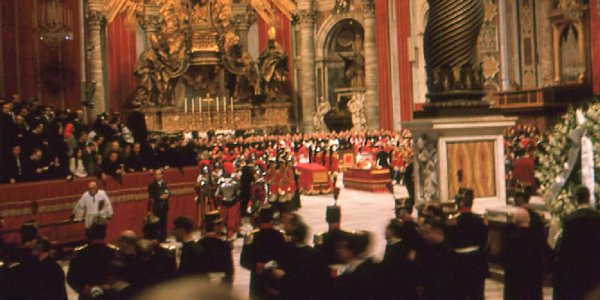 Photo of Pope John XXIII's funeral